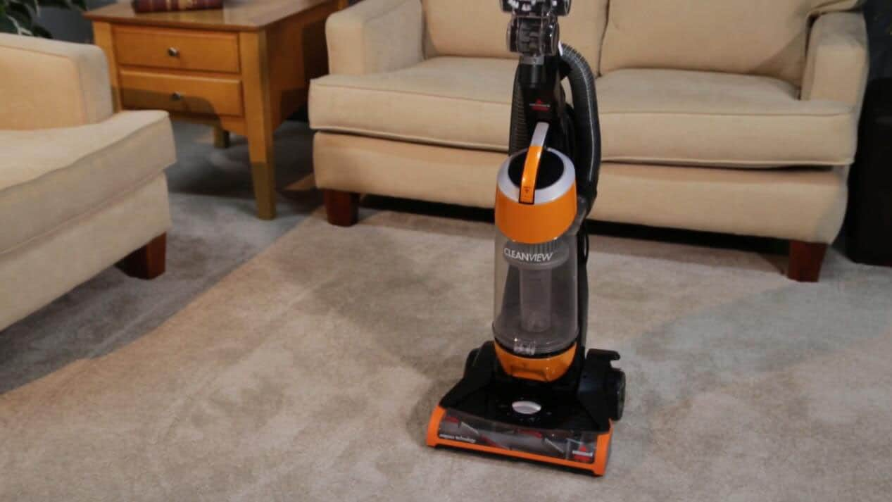 Bissell-1831-baggless-vacuum-reviews