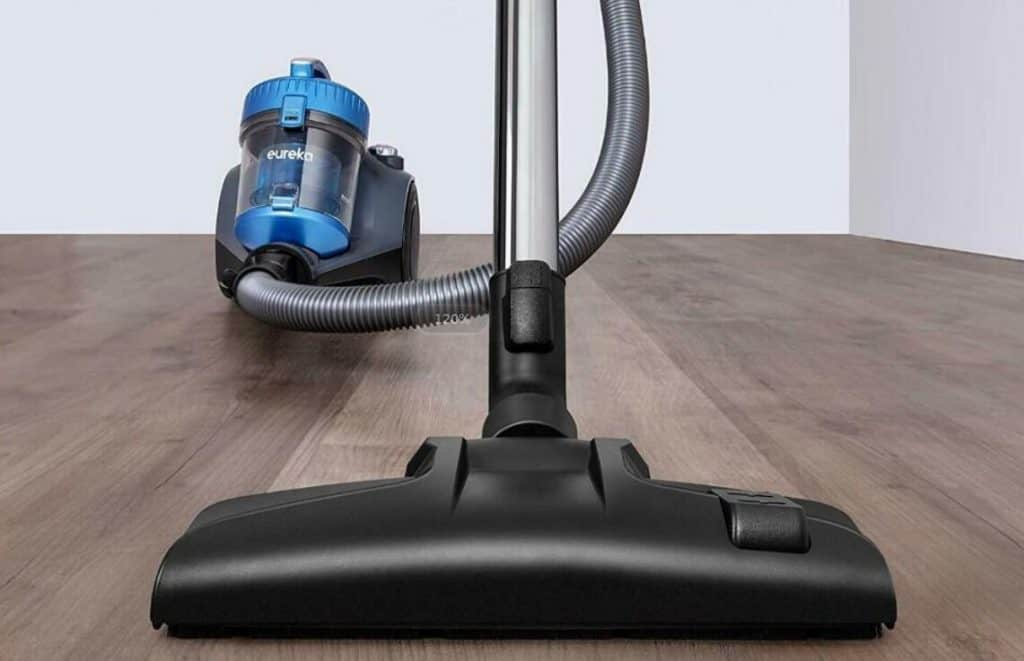 Eureka-NEN110A-lightweight-vacuum-reviews
