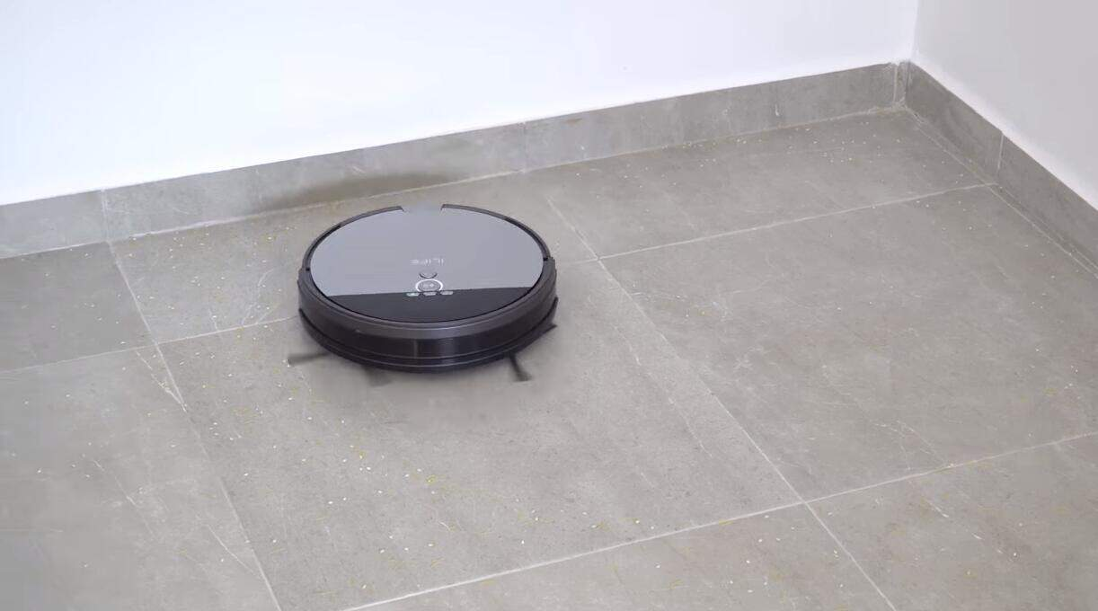 ILIFE-v8s-robot-vacuum-and-mop