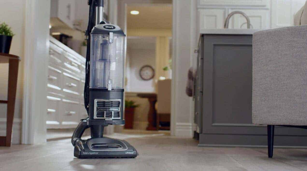 Shark-NV360-baggless-vacuum-reviews