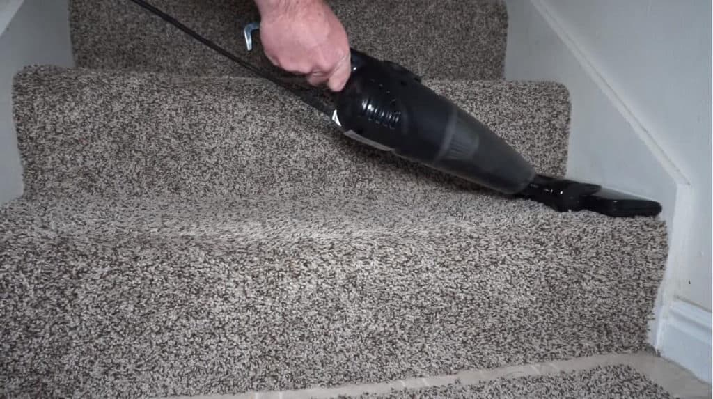 Sowtech-vacuum-for-stairs-1024x573