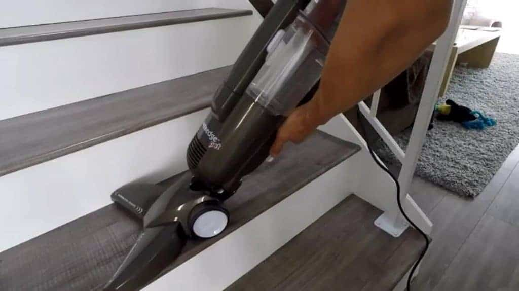 bissell-81L2A-vacuum-for-hardwood-floors-and-pet-hair-1024x574