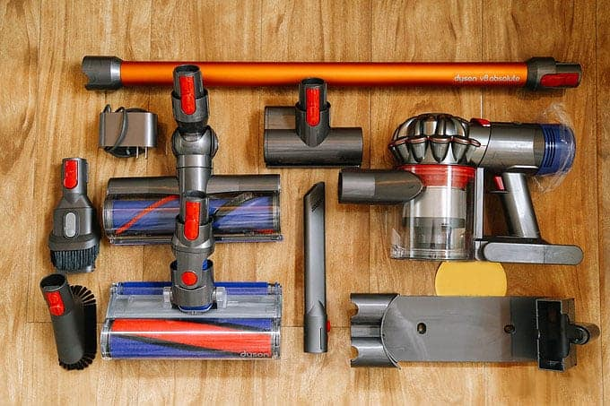 dyson-V8-vacuum-for-laminate-floors-reviews