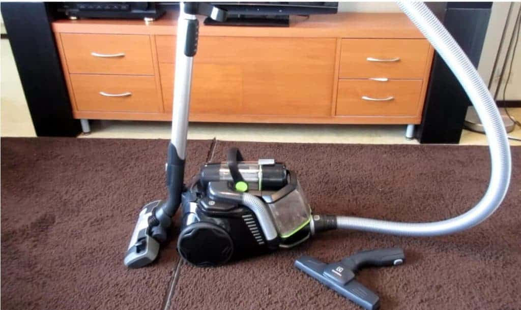 electrolux-vacuum-canister