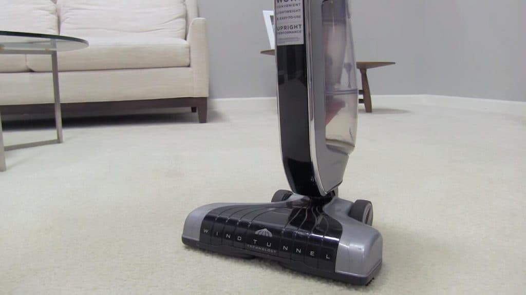 hoover-sh20030-vacuum-for-laminate-floors-reviews-1024x575