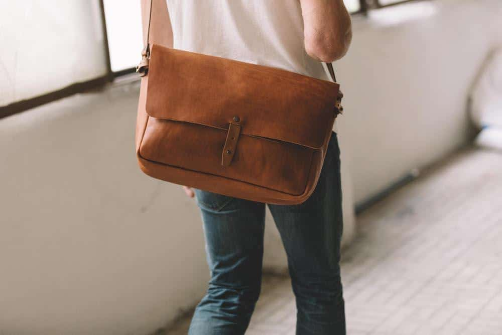Things To Consider Before Buying Messenger Bags