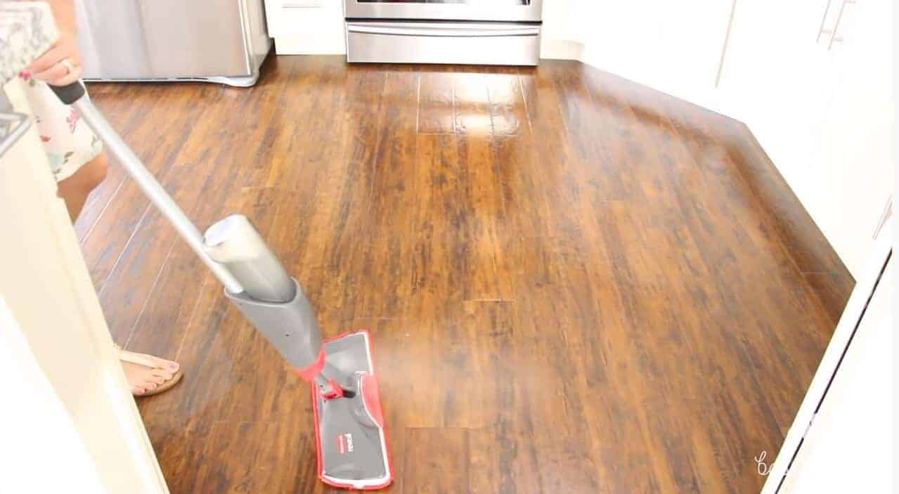 best way to clean laminate floors without streaking